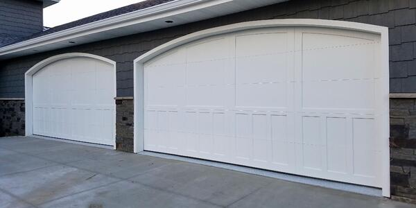Add A New Garage Door To Your Holiday Wish List