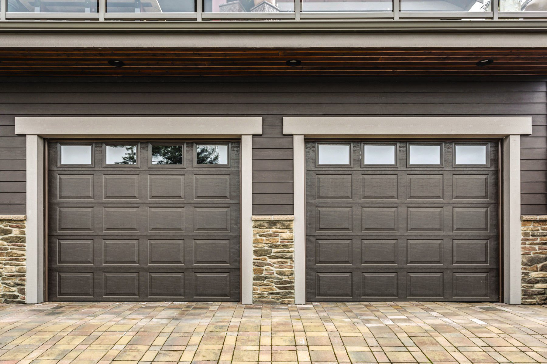 How To Determine When Your Garage Door Needs To Go