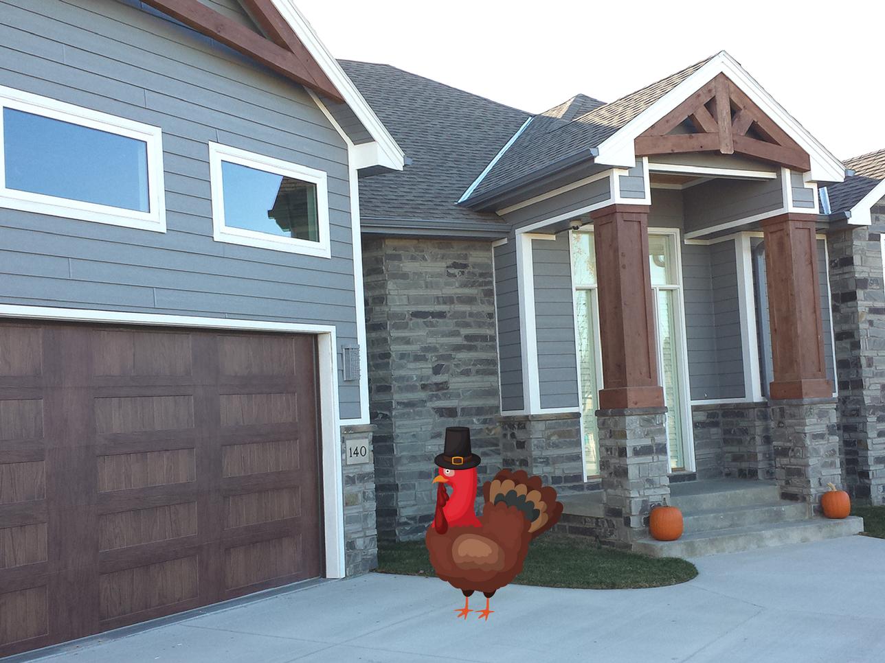 Overhead Door blog - Turkey Frying-1.png