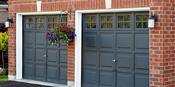 Refresh Your Garage Door This Spring